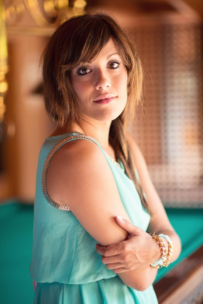 look vestido azul verde sirena pulseras cadenas teria yabar  miss fashionista (10)