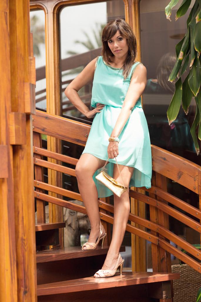 look vestido azul verde sirena pulseras cadenas teria yabar  miss fashionista (3)