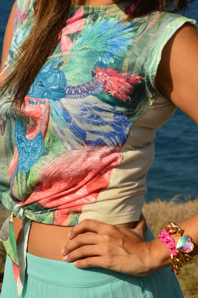 falda de tablas azul mar camiseta print india salones rosa bolso furla (2)