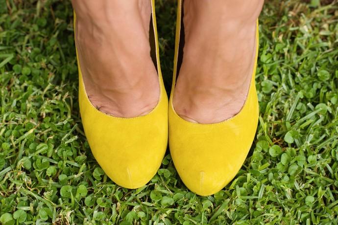 vestido etxart y panno flores cancan bolso furla rojo zapatos ante amarillos (9)