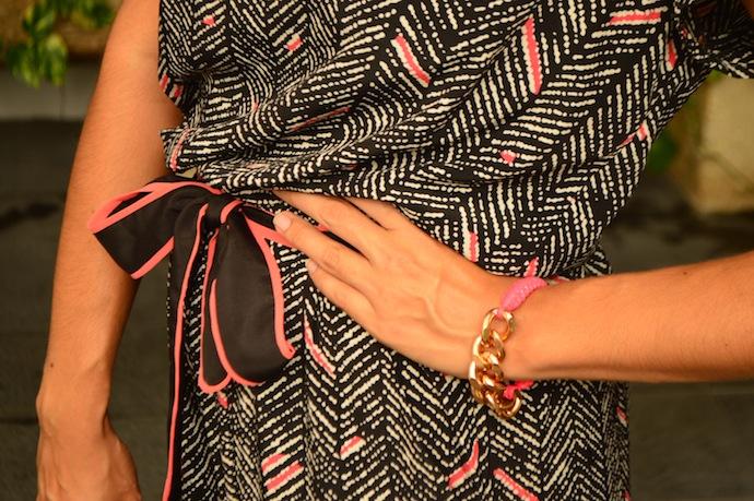 look mono negro rosa bolso piel cunas canamo 1