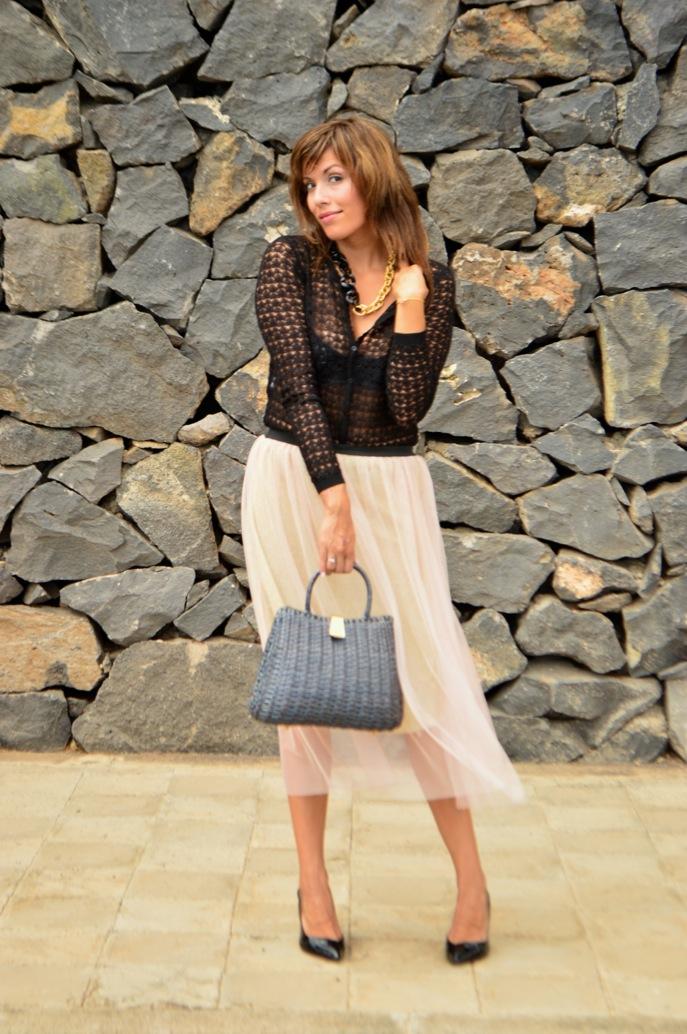 look tutu dorado nude cardigan calado maxi collar vintage fashionista _0634