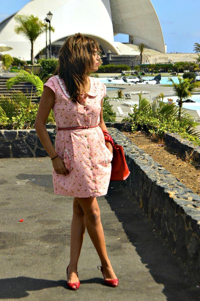 look vestido diksi naif rosa cinderella bolso rojo furla floral blogger tenerife  (2)