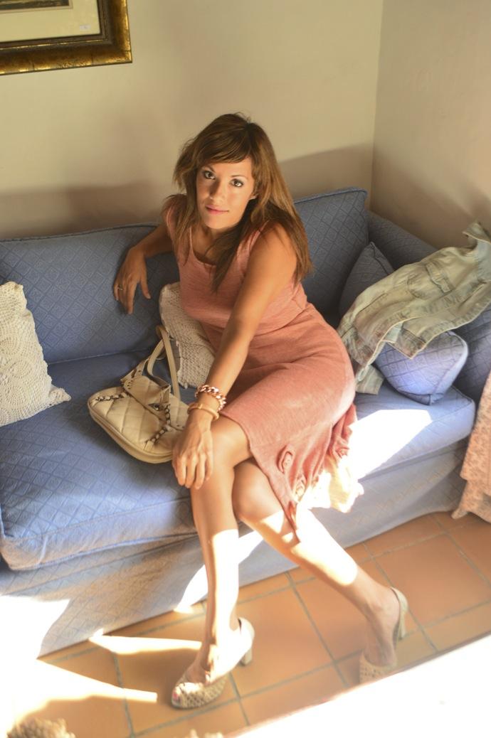 look vestido hecho a mano punto rosa denim claro zapato calado _0827