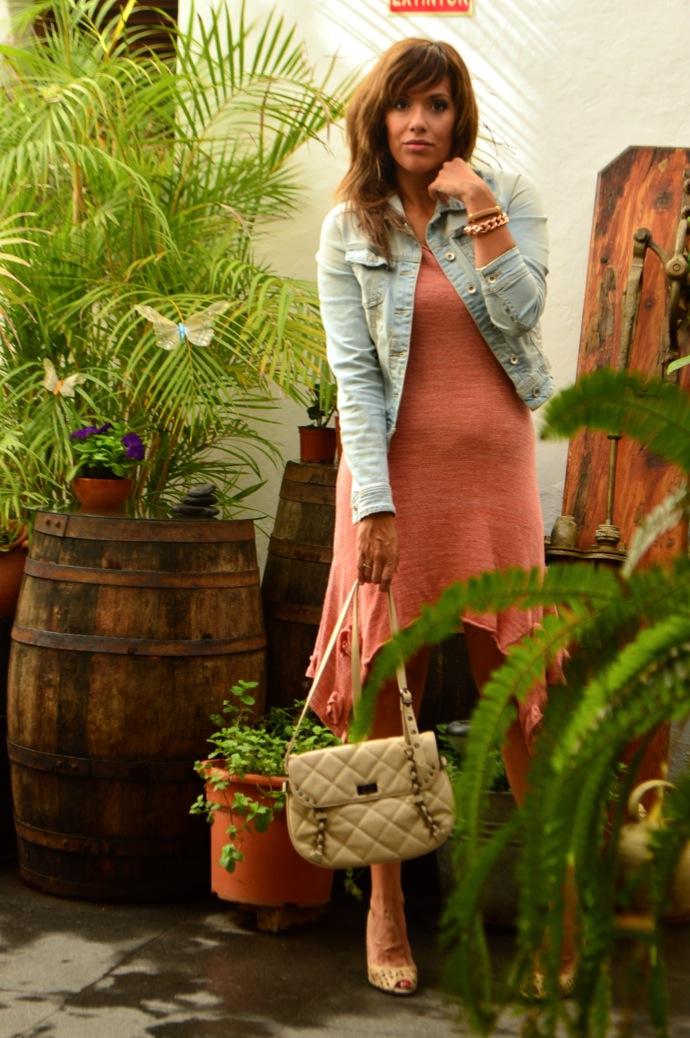 look vestido hecho a mano punto rosa denim claro zapato calado _0836