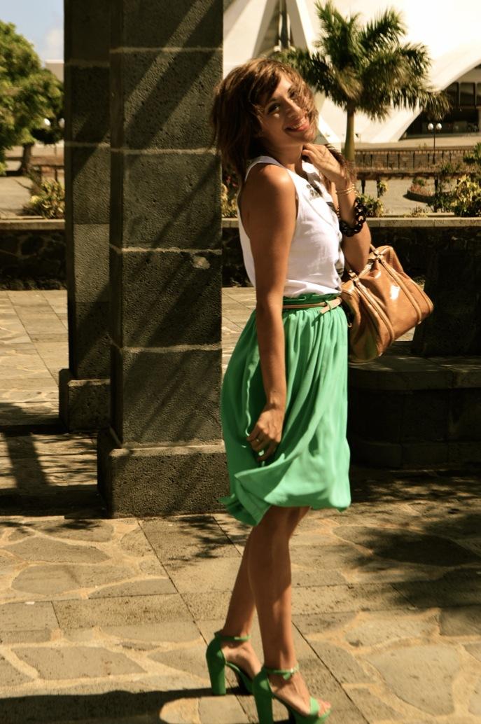 look vestido verde amplio camiseta print fotografa blanco negro vintage _0714