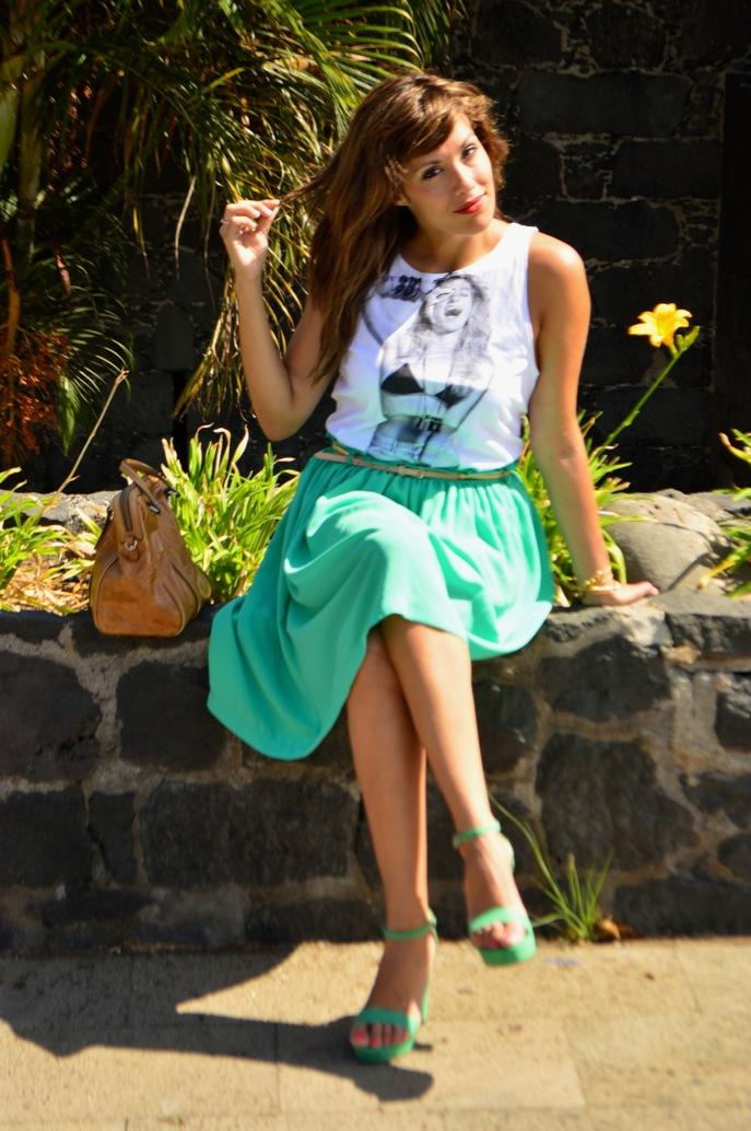look vestido verde amplio camiseta print fotografa blanco negro vintage _0719