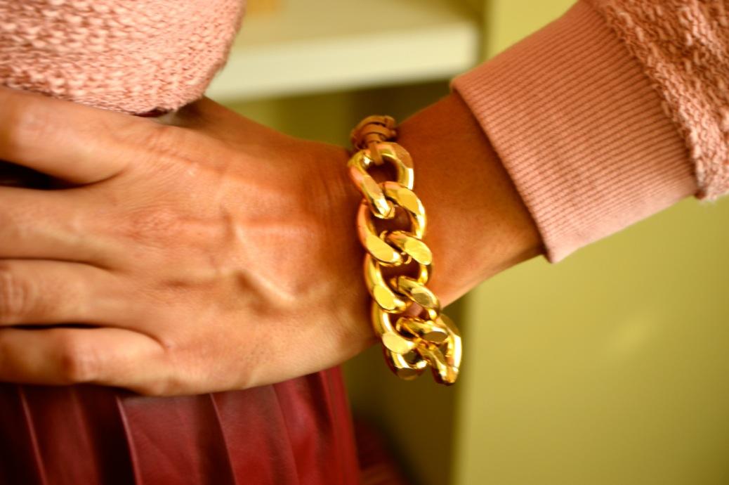 look falda tablas piel con jersey rosa zapatos tapizado zara _0569