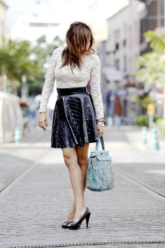 look falda cuero print animal blusa encaje etxart and pano tranvia tenerife8112p