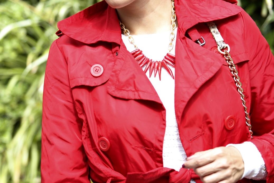 look falda blanca vintage chubasquero rojo python 8178pr