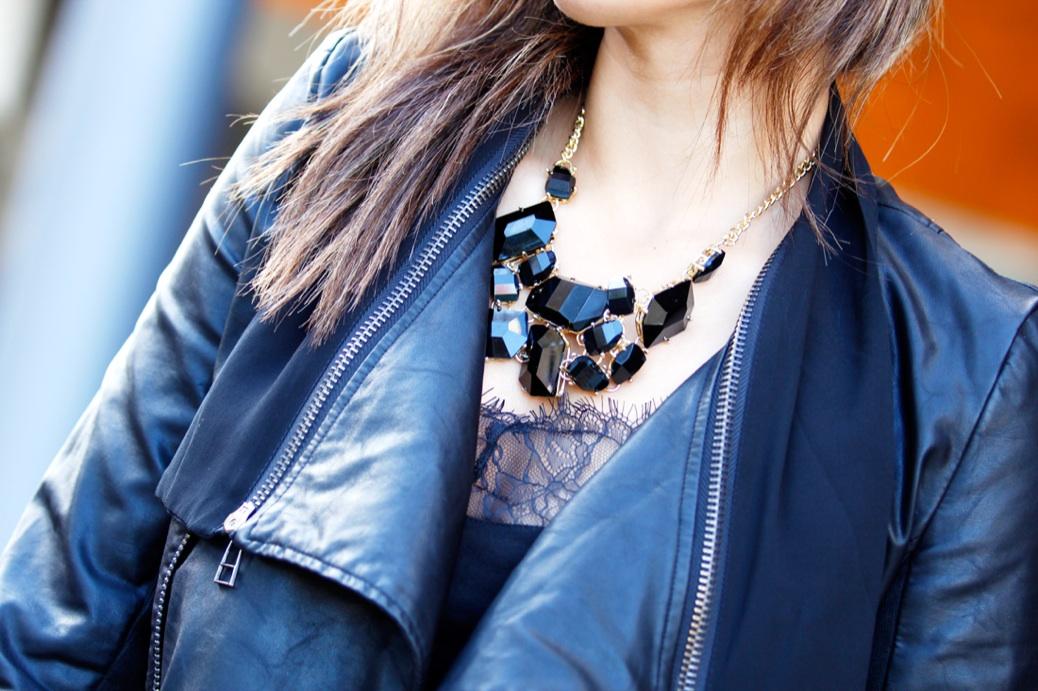 look falda cuadros azul chaqueta piel charol negro urbano 9776p