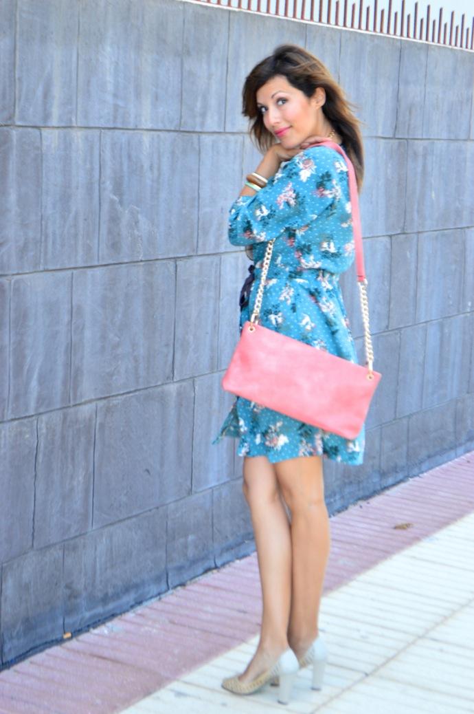 look vestido camisero azul floral individual  1