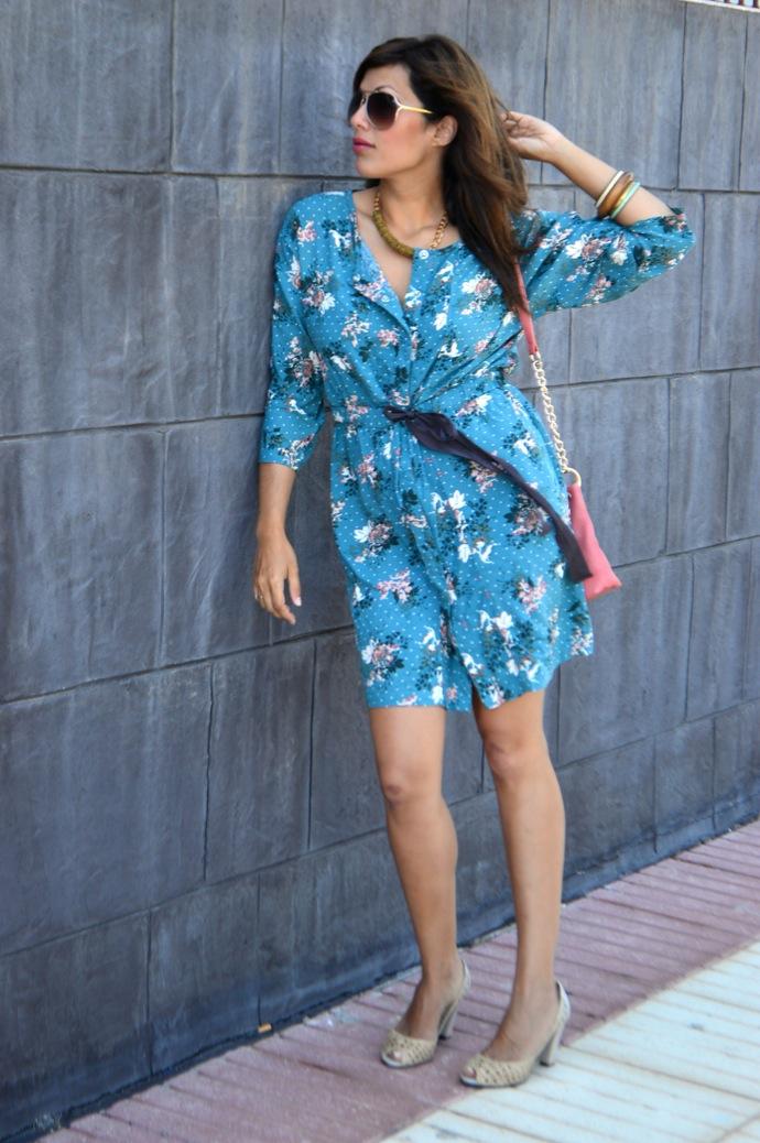 look vestido camisero azul floral individual  5