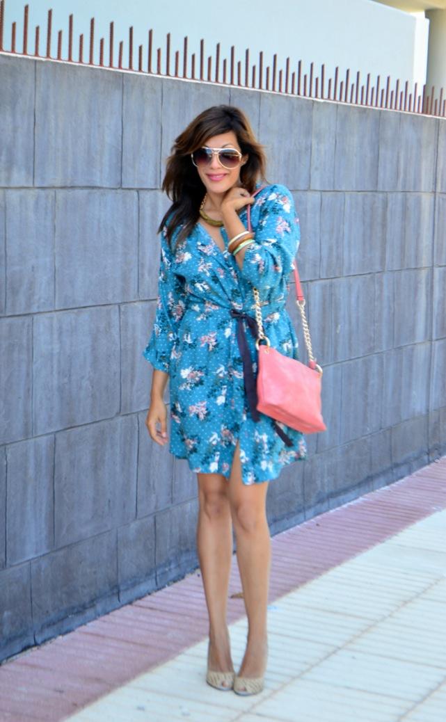 look vestido camisero azul floral individual 6