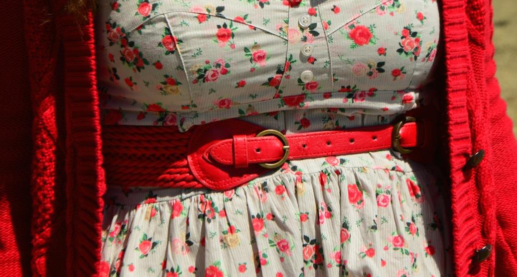 look vestido flores cardigan rojo hm mango 0804