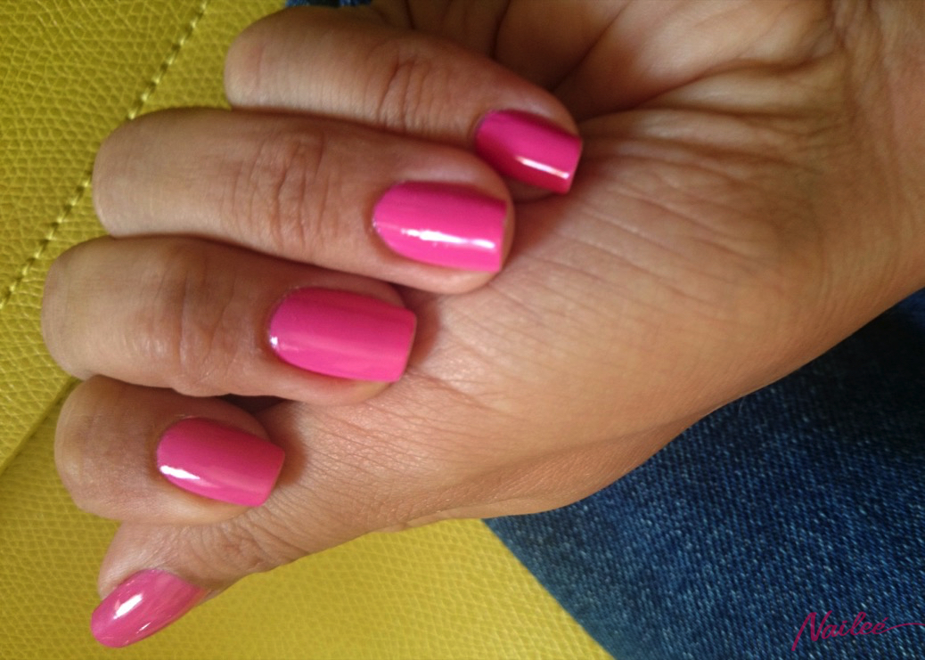 OPI Suzi Has a Swede Tooth reviews photo opinion nail nordic 1759