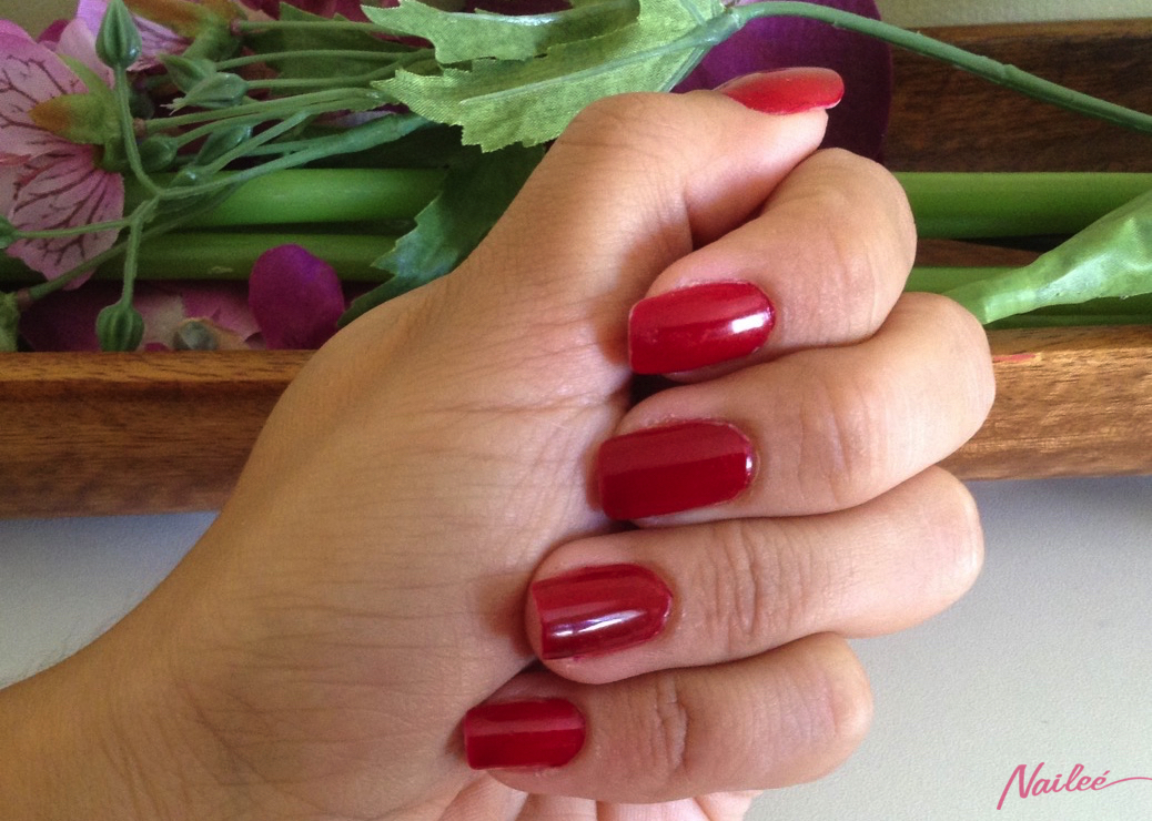 essie a list red review swatches nail polish _3136