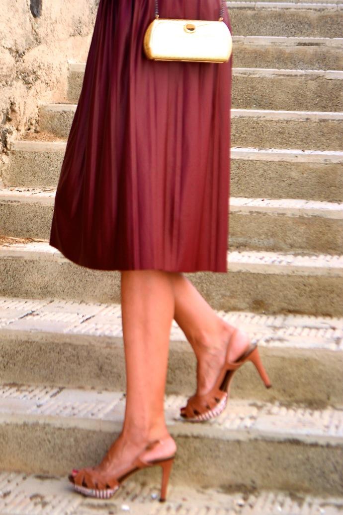 look burgundy midi skirt crop top floral zara pull and bear 0090