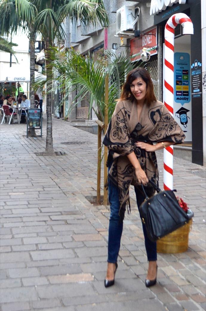look poncho boho elegante denim rayban velvet 0124