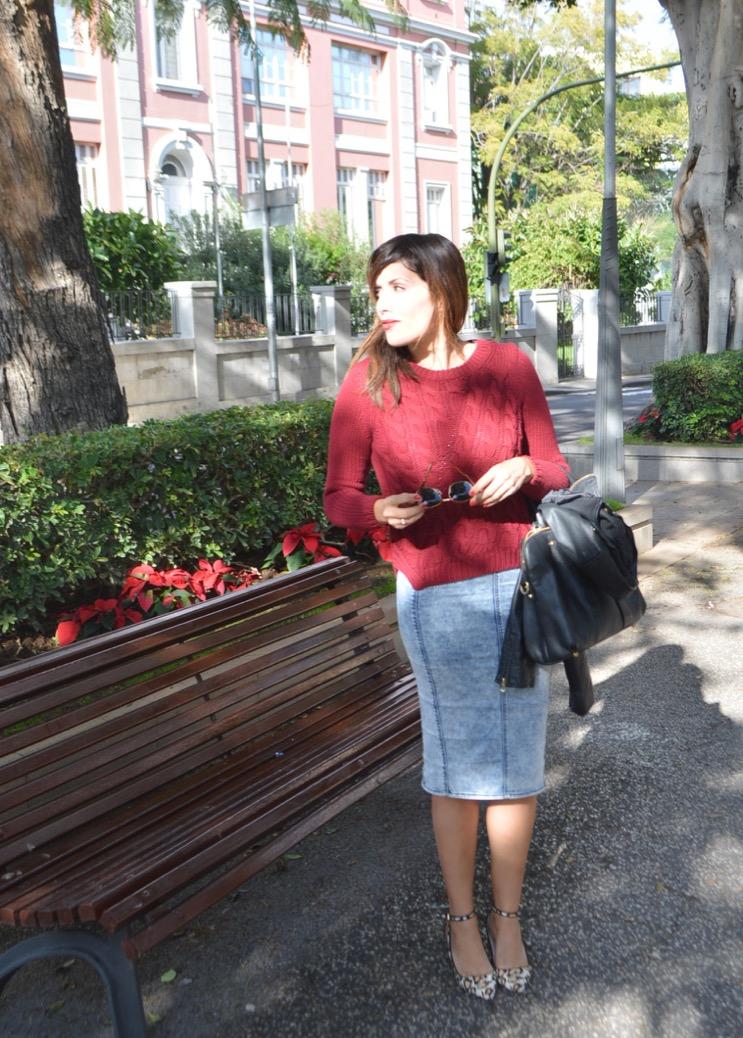 look jersey ochos rojo massimo dutti falda lapiz vaquera animal print 0120