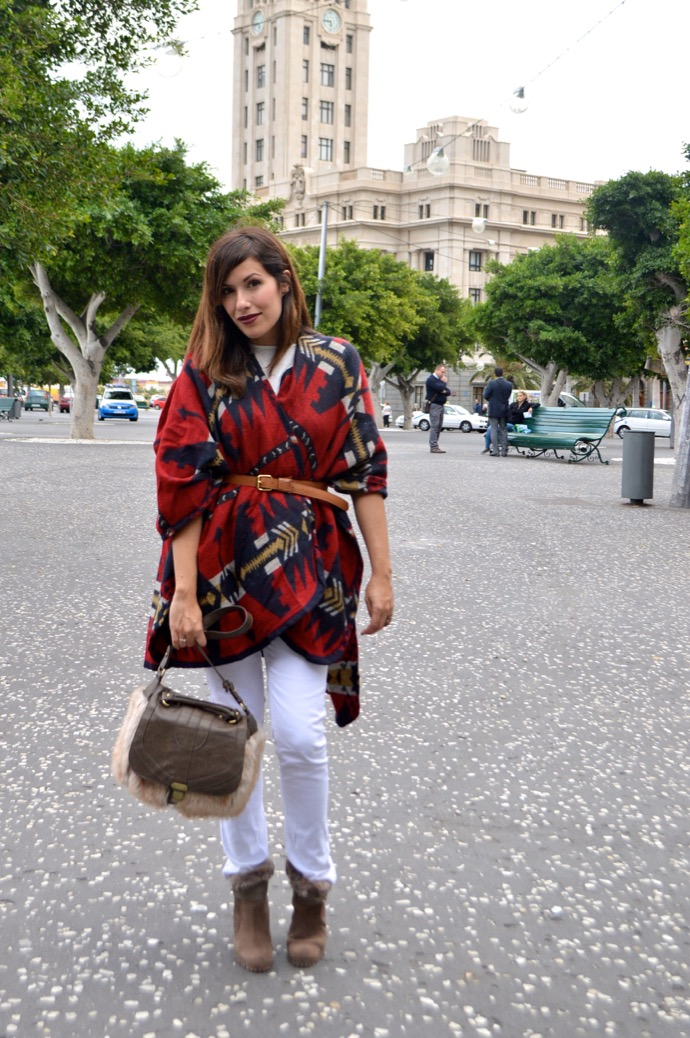 look poncho burberry dupe clon springfield 44.18