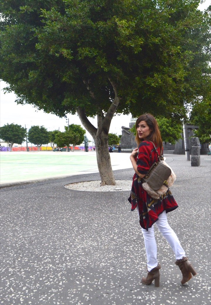 look poncho burberry dupe clon springfield 45.11